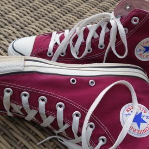 Vintage Converse All Stars maroon 7