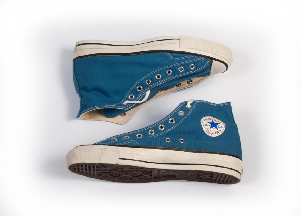 4c6952ae6923 Vintage Converse All Stars in LT Blue